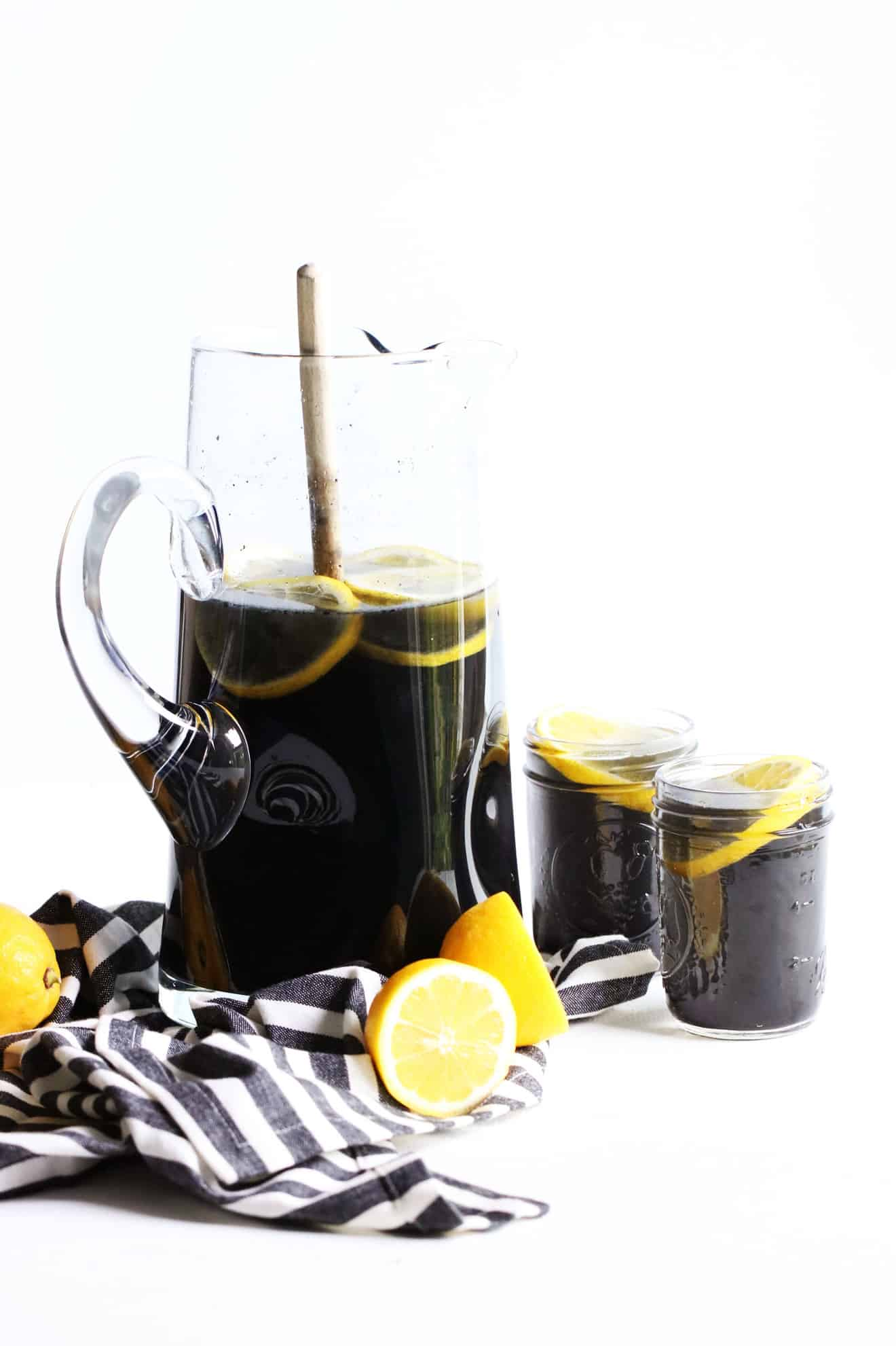 Sugar Free Detox Charcoal Lemonade
