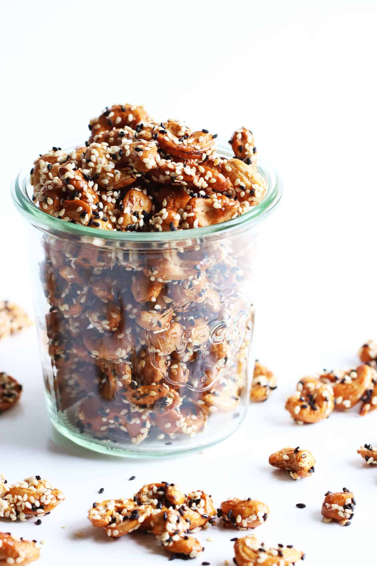 Sweet Sesame Roasted Cashews
